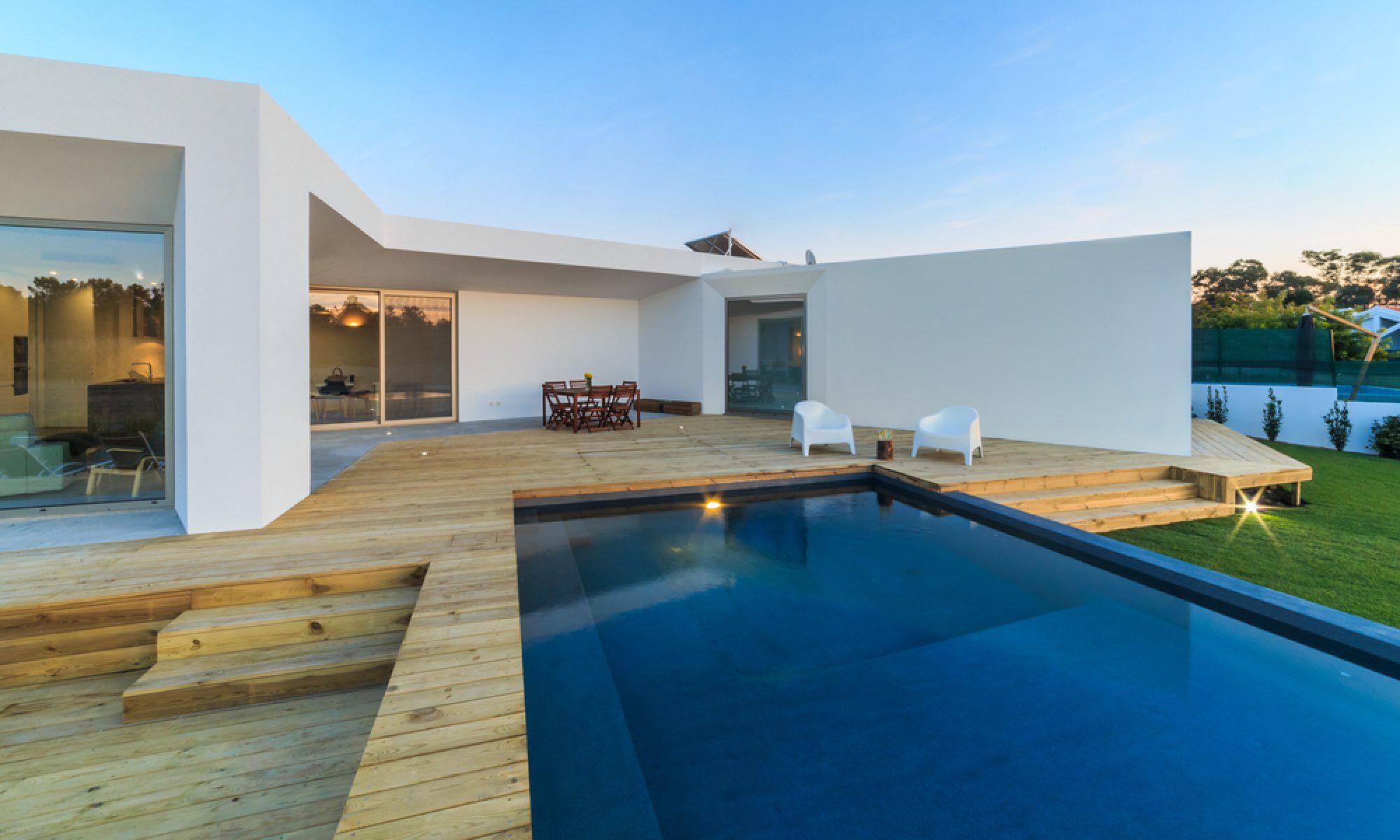 Idées et conseils de décoration pour bien aménager votre piscine