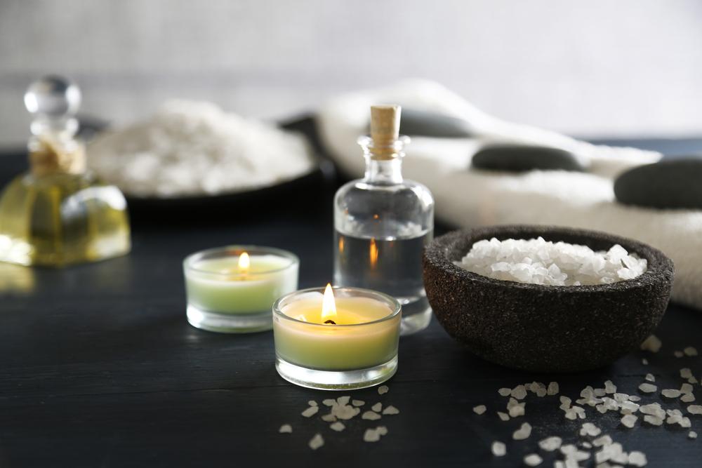 sel et serviette pour déco de spa